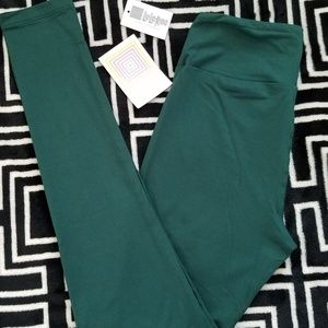 NEW PRINT LLR Tall and Curvy Leggings Solid Green